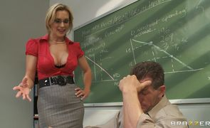 Busty Tanya Tate seducer gives her male a hardcore ride