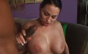 Slutty bimbo Harley Rain with large tits likes a big hard meat in her mouth