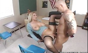 Nude blonde Devon Lee with curvy tits are on the run sucking and fucking hard