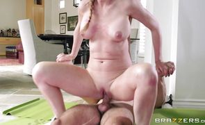 Lewd darling Sasha Sean has a fuck with her strong dude