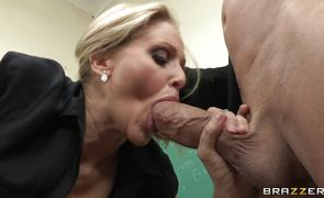 Marvelous blonde chick Julia Ann likes to suck a fang and get a facial cumshot