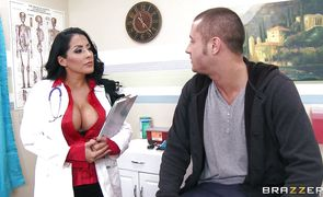 Handsome man uses latin perfection Kiara Mia with big tits like a filthy fucking whore