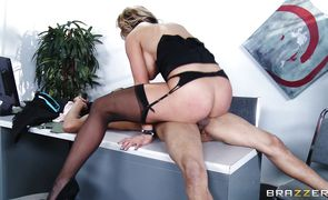 Wanton diva Nikki Sexx is sucking rock hard rod and strocking balls at the same time