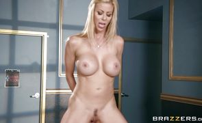 Classy blonde Alexis Fawx strips her tight jeans to reveal her booty