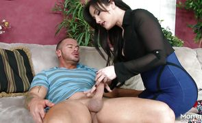 Tempting mature brunette Jennifer White is always eager to suck and fuck big cock