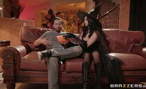 Racy floosy Ariana Marie with massive natural tits is bored so she rides stranger's pecker