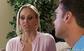 Goluptious busty sweetie Julia Ann eagerly swallows a throbbing meat rocket
