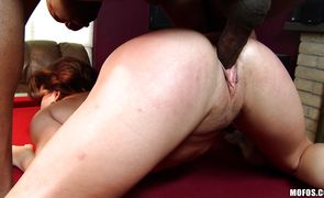 Magnificent girl Leena Sky spreads her legs for plowing