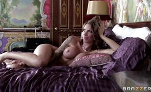 Lascivious latin beauty Juelz Ventura adores getting blasted by dude's erect long cock