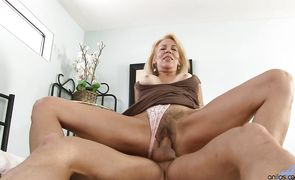 Insatiable mature girl Erica Lauren had sex with lover and enjoyed every second of it
