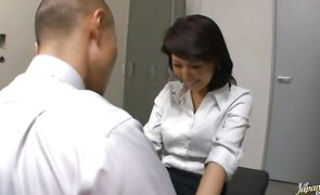 This shameless Reiko Ishino is giving a real good hardcore fuck