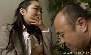 Hot babe Nao Ogawa chokes on cock and gets roughly banged